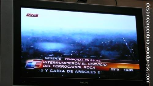 Live Unwetter im argentinischem TV Buenos Aires