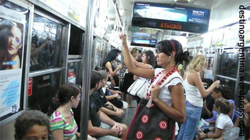 In der Subte Buenos Aires an einem Karfreitag