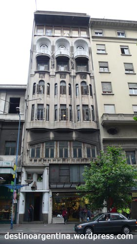 Art Deco Gebäude in Montevideo Uruguay an der 18 de Julio