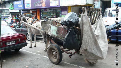 Typische Straßenenszene in Montevideo Uruguay