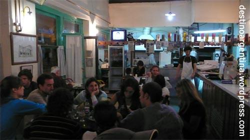 Typische Essgelegenheit in San Telmo Buenos Aires