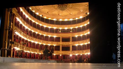 Hinter der Bühne im Teatro Solis in Montevideo, Uruguay