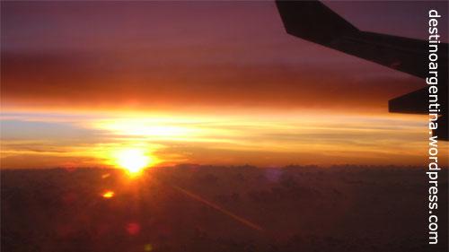Sonnenaufgang irgendwo über Brasilien