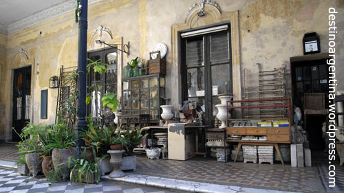 Vintage Charme in San Telmo, hier Pasaje Defensa