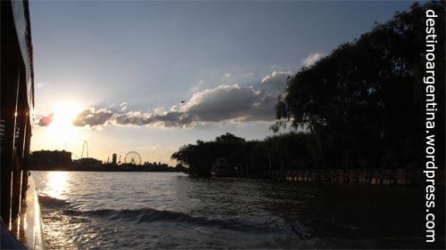 Abendstimmung im Paraná-Delta in Tigre nahe Buenos Aires
