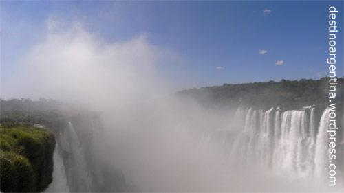 Abgrund Garganta del Diablo im Iguazu nationalpark in Argentinien