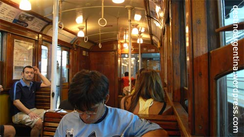 Alter U-Bahnwagen in der Subte Linea A in Buenos Aires