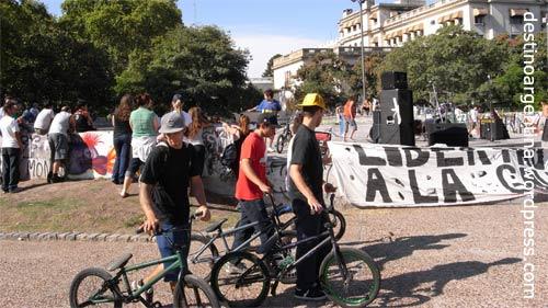 BMXer im Parque del Centenario in Caballito, Buenos Aires