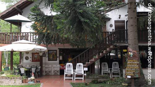 """Das Restaurant """"Alpenhaus"""" im Paraná-Delta in Tigre nahe Buenos Aires"""