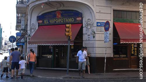 """Restobar """"El Hipopotamo"""" in der Calle Defensa in San Telmo in Buenos Aires Argentinien"""